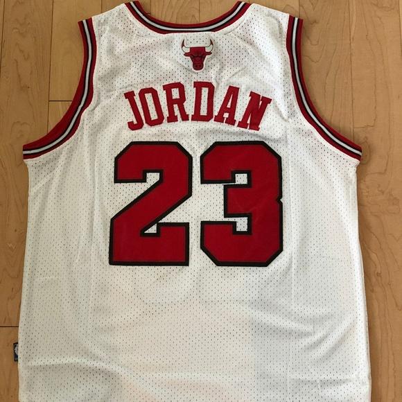 ff53b9e0fbe Shirts   Nwt Michael Jordan 23 Chicago Bulls Mens Jersey   Poshmark